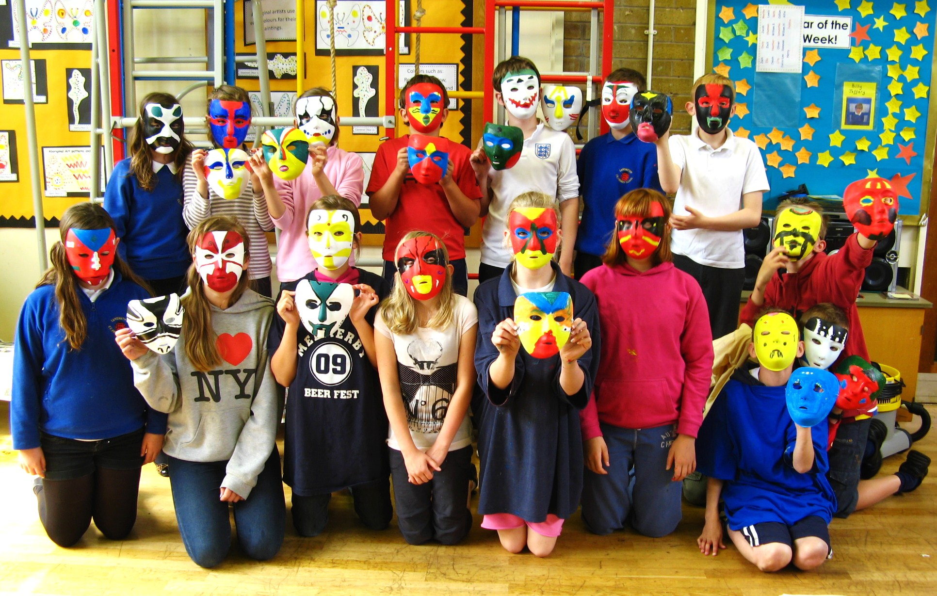 Chinese Opera Mask Making Workshop with Pui Lee